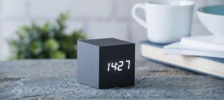 Vekkerklokke Cube, lydaktivert